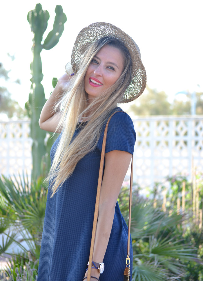 Sunset_Hat_Blue_Dress_Sandalias_Plataforma_Louis_Vuitton_Lara_Martin_Gilarranz_Bymyheels (12)