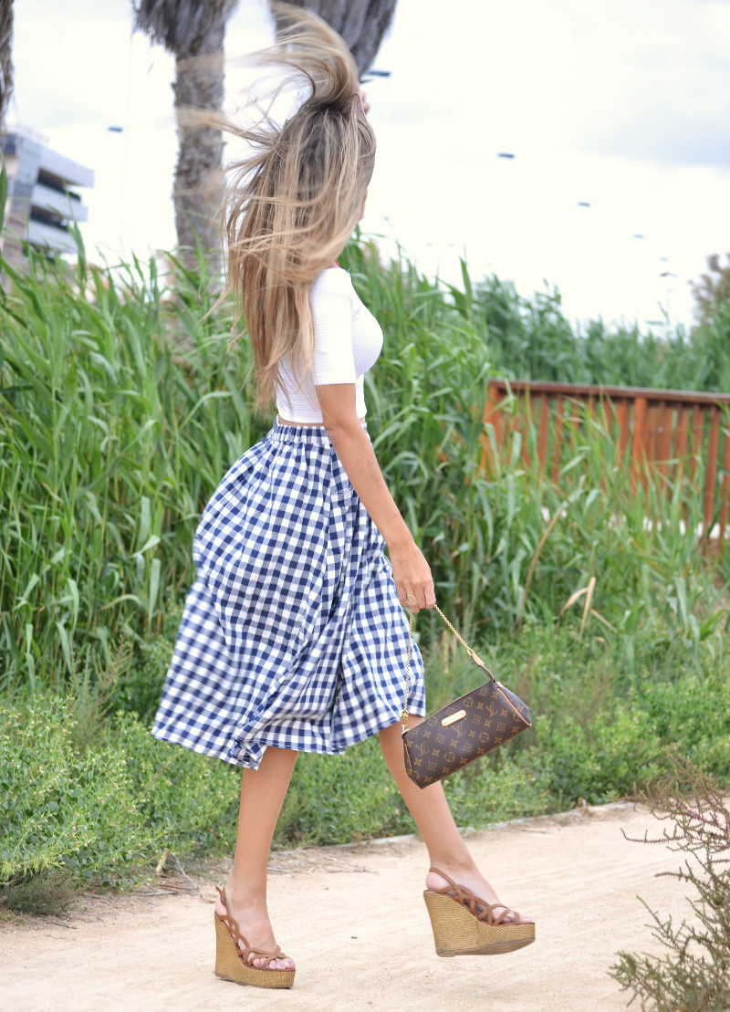 Vichy_Midi_Skirt_Crop_Top_Platforms_Louis_Vuitton_Lara_Martin_Gilarranz_Bymyheels (1)
