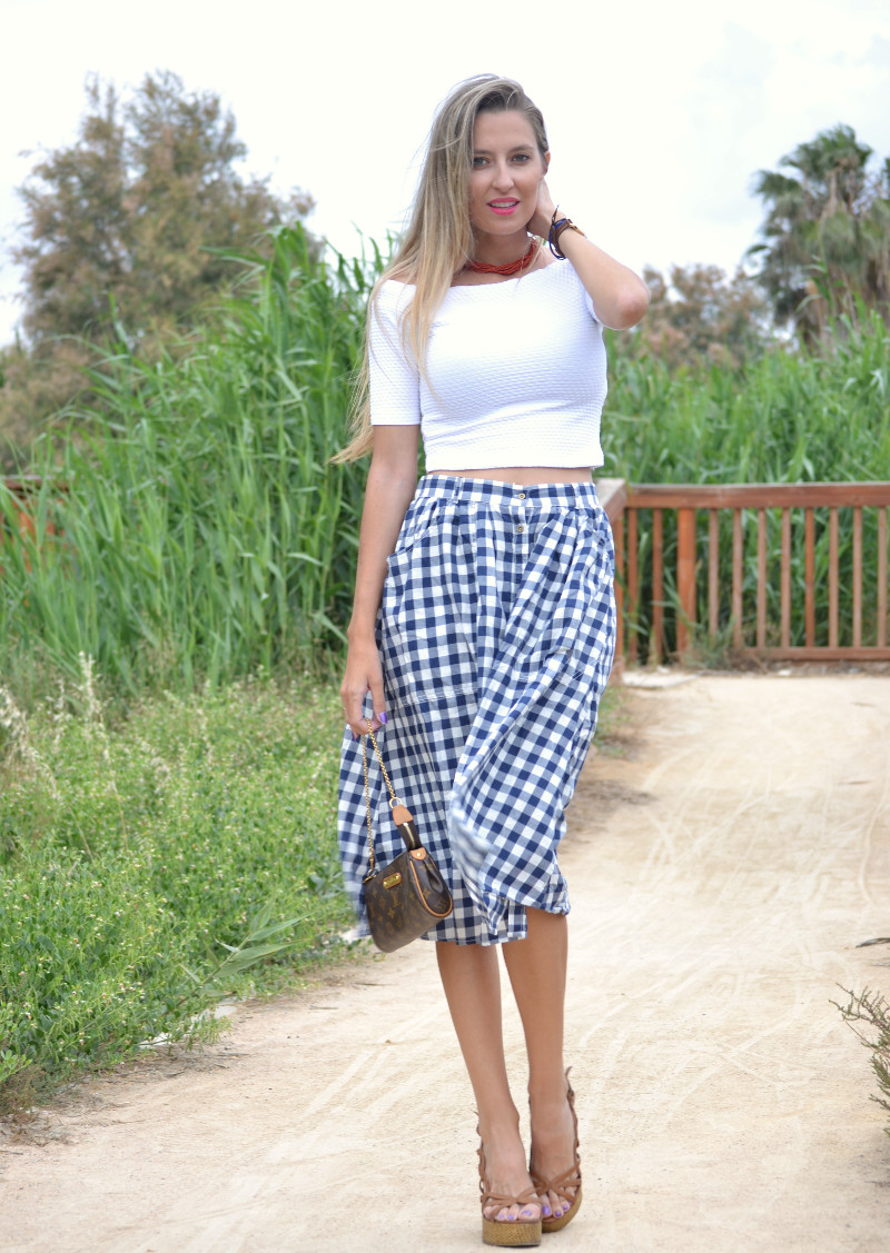 Vichy_Midi_Skirt_Crop_Top_Platforms_Louis_Vuitton_Lara_Martin_Gilarranz_Bymyheels (3)