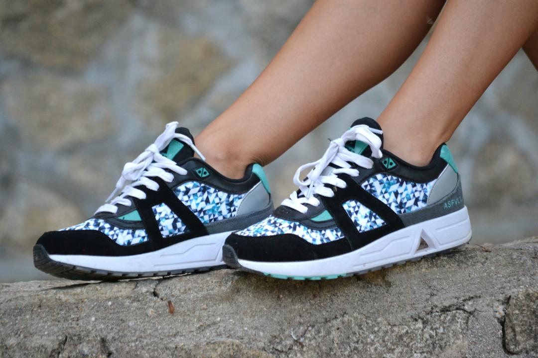 Asfvlt_Sneakers_Sorts_Mirror_Sunnies_Crop_Top_Lara_Martin_Gilarranz_Bymyheels (5)