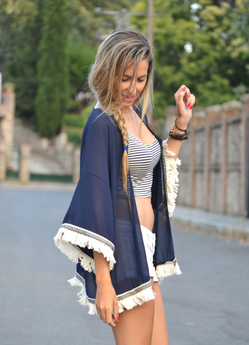 Fringes_Caftan_Crop_Top_Shorts_Stilettos_Louis_Vuitton_Lara_Martin_Gilarranz_Bymyheels (3)