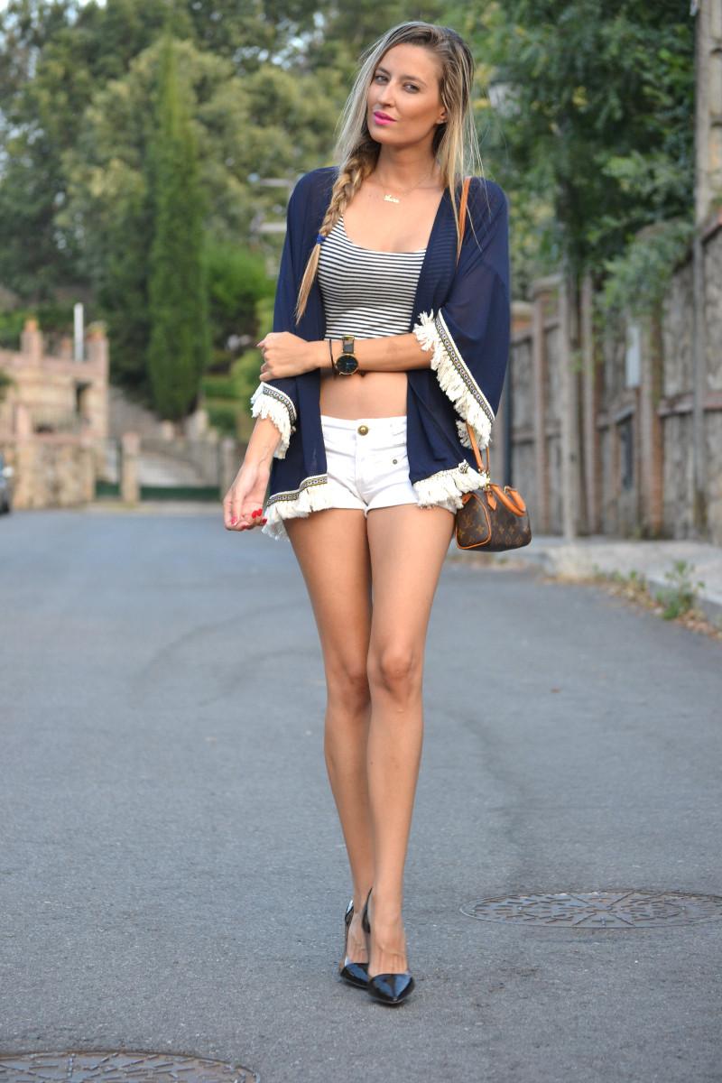 Fringes_Caftan_Crop_Top_Shorts_Stilettos_Louis_Vuitton_Lara_Martin_Gilarranz_Bymyheels (4)