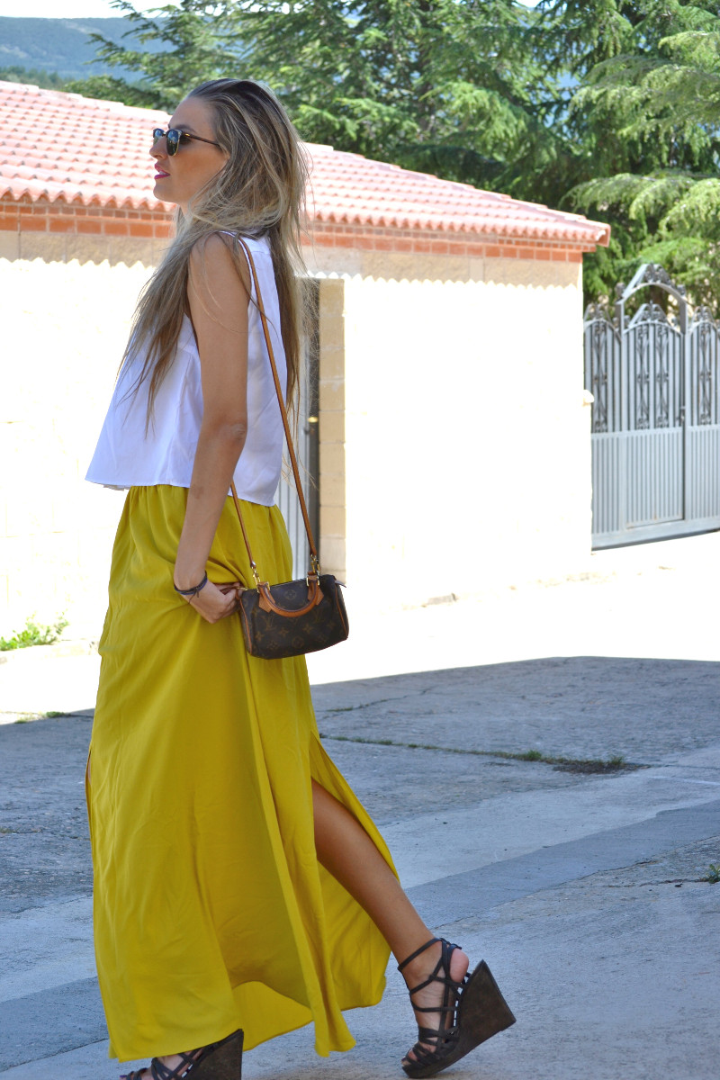 Mustard_Long_Skirt_Sandals_Wood_Min_Speedy_Louis_Vuitton_Clubmaster_Ray_Ban_Lara_Martin_Gilarranz_Bymyheels_ (4)