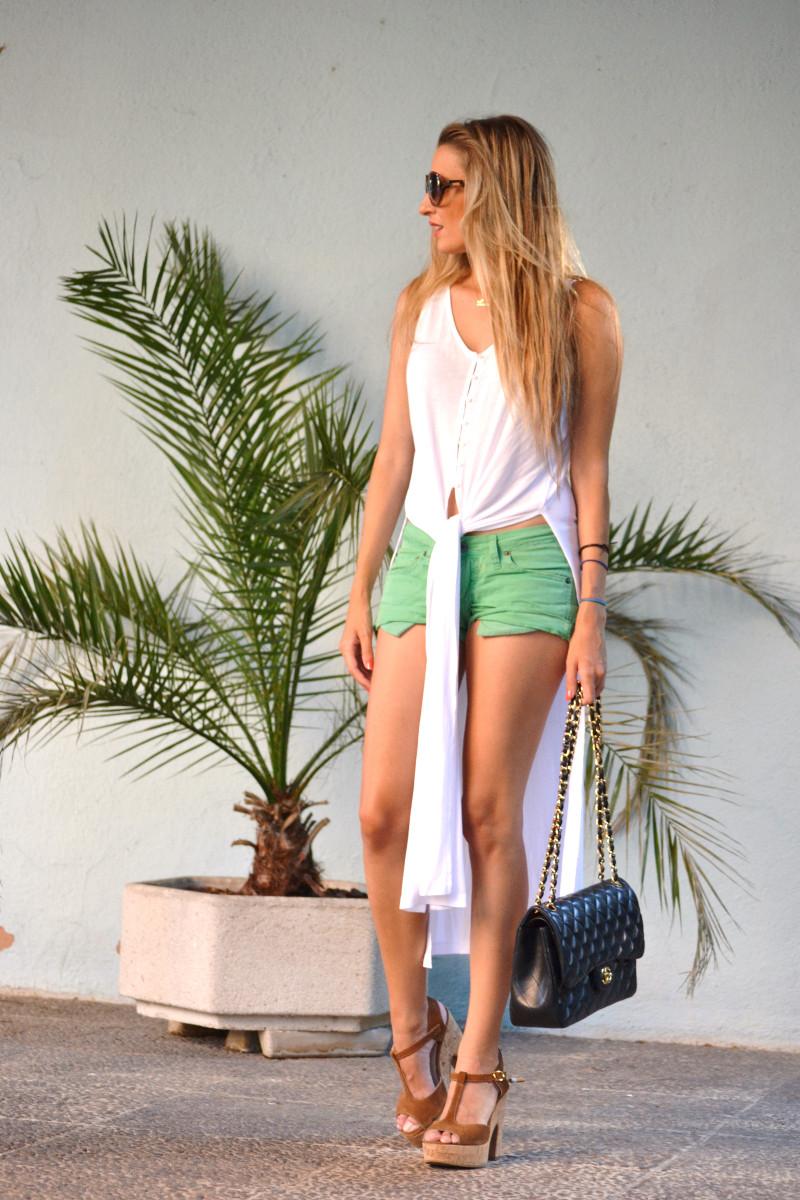 Shorts_Caftan_Platforms_Just_Cavalli_Chanel_Lara_Martin_Gilarranz_Bymyheels (6)