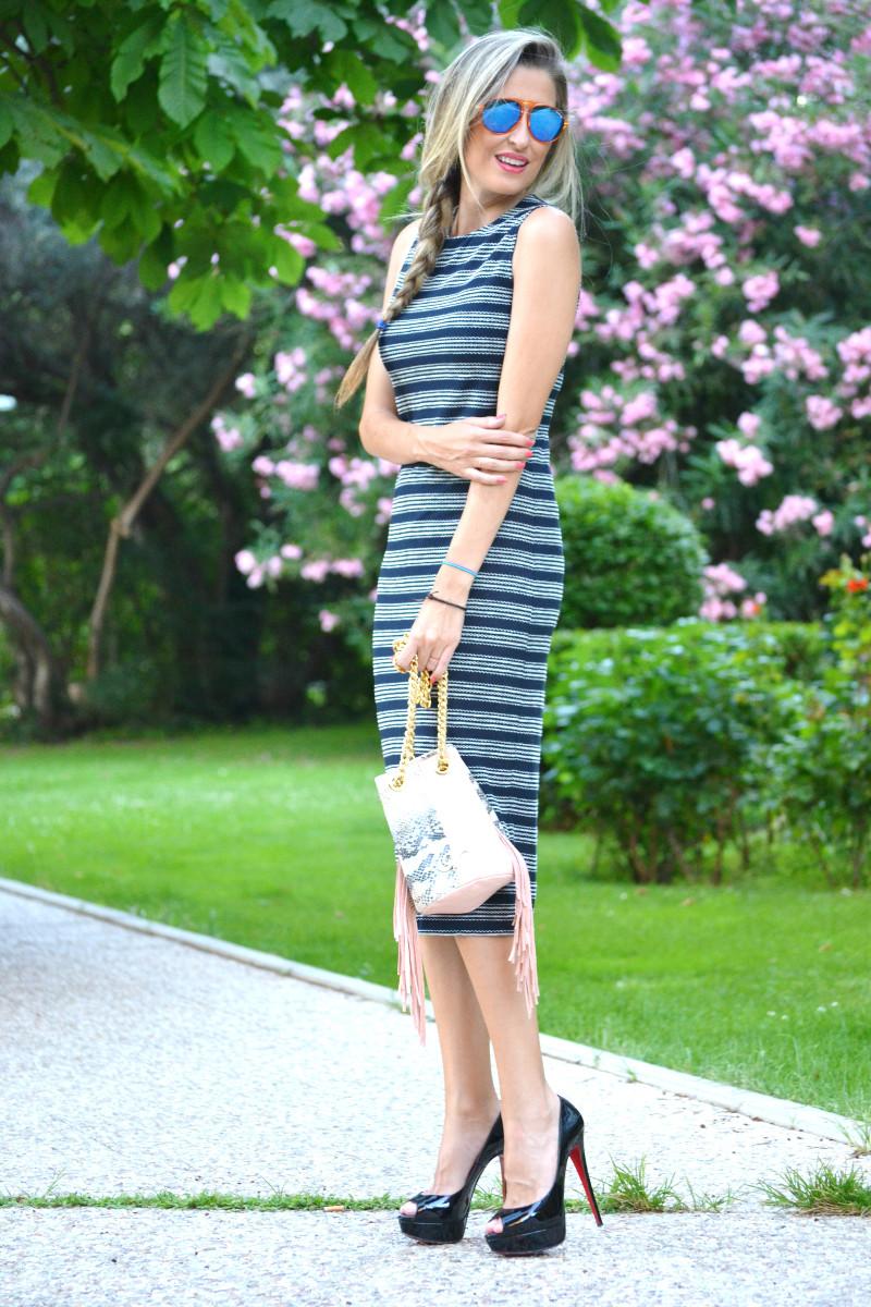 Striped_Dress_Lara_Martin_Gilarranz_UrbanVictar_Fringes_Bymyheels (10)