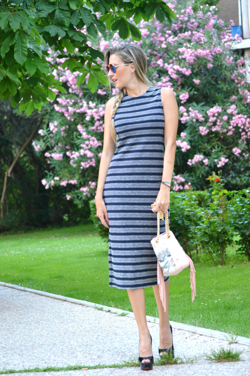 Striped_Dress_Lara_Martin_Gilarranz_UrbanVictar_Fringes_Bymyheels (9)