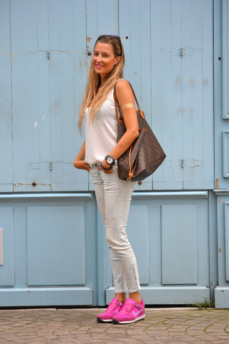 Capri_Pants_Bayona_Tank_Top_Nike_Neverfull_Louis_Vuitton_Bymyheels (2)