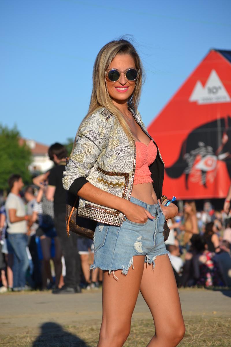 PepsiMax_BBK_Live_Crop_Forever_Twenty_One_Louis_Vuitton_Estilismo_Festival_Bultaco_Lara_Martin_Gilarranz_Bymyheels (15)
