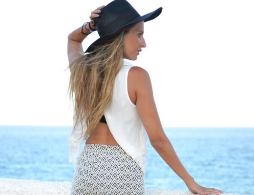Shorts_Black_White_Hat_Bershka_Lara_Martin_Gilarranz_Bymyheels (4)