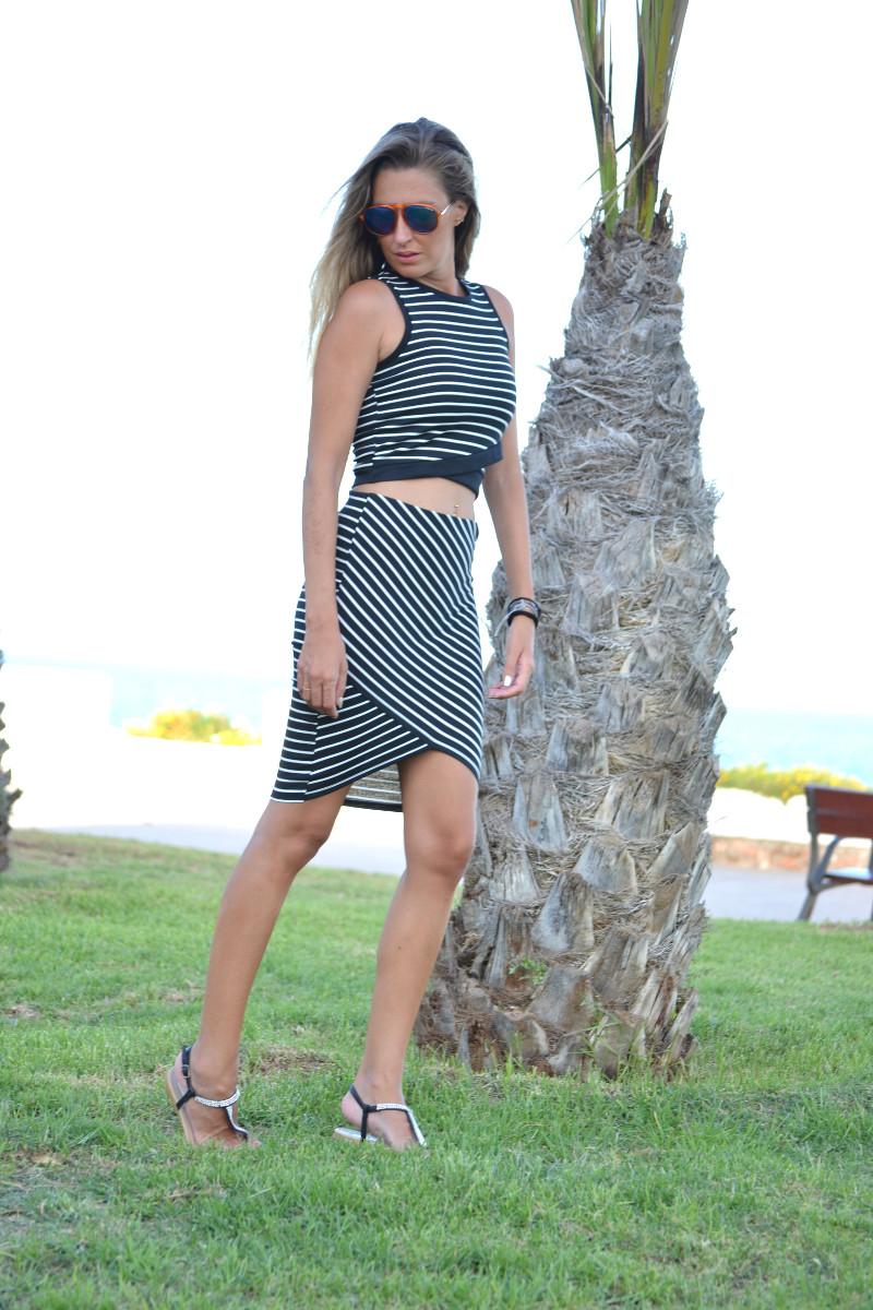 Stripes_Crop_Skirt_Sandals_Swarovski_Lara_Martin_Gilarranz_Bymyheels (7)