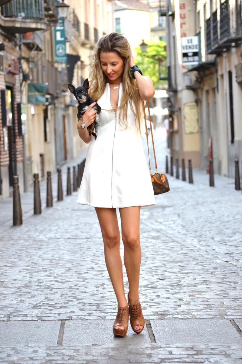 Vestido_Cremallera_White_Dress_Platforms_Zara_Louis_Vuitton_Chihuahua_Dallas_Lara_Martin_Gilarranz_Bymyheels (1)