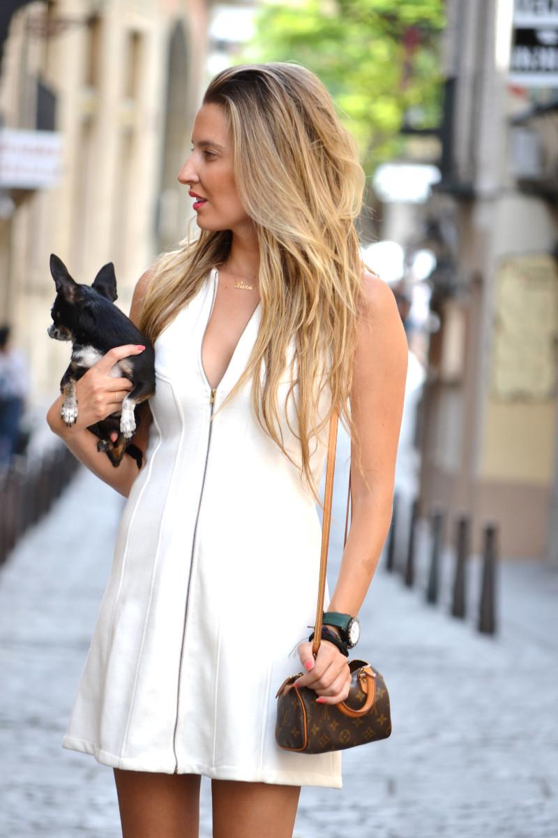 Vestido_Cremallera_White_Dress_Platforms_Zara_Louis_Vuitton_Chihuahua_Dallas_Lara_Martin_Gilarranz_Bymyheels (4)