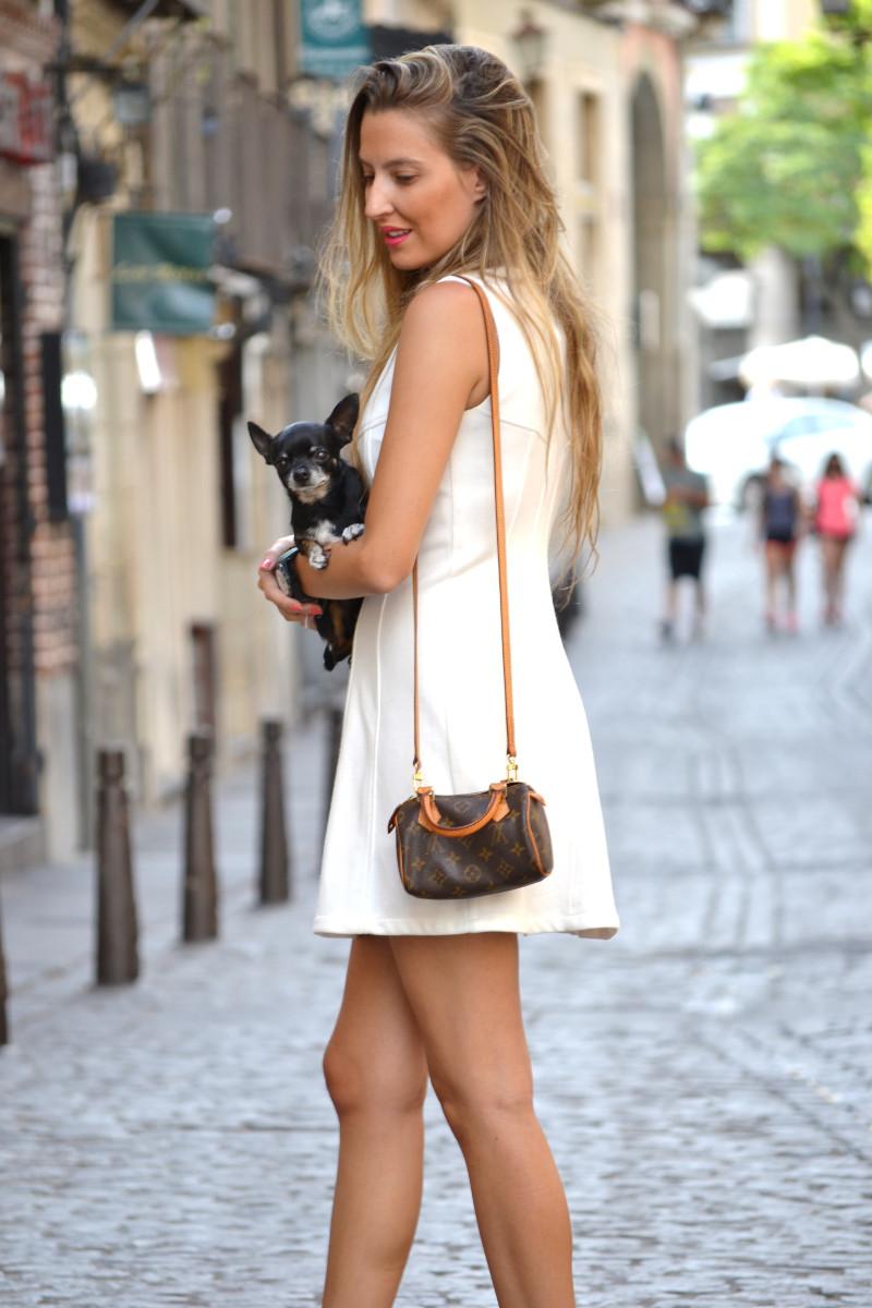 Vestido_Cremallera_White_Dress_Platforms_Zara_Louis_Vuitton_Chihuahua_Dallas_Lara_Martin_Gilarranz_Bymyheels (6)