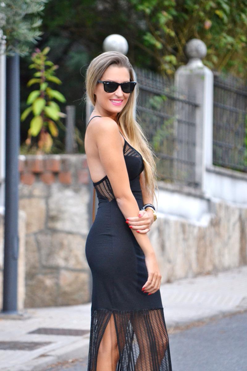 Long_Dress_Black_Pink_Sandals_Louis_Vuitton_Wayfarer_Ray_Ban_Lara_Martin_Gilarranz_Bymyheels (5)