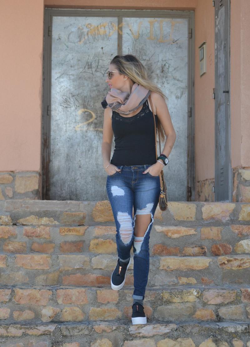 Brillantes_Y_Joyas_Eleven_Paris_Shoes_Cello_Jeans_Miu_Miu_Pochette_Eva_Louis_Vuitton_Lara_Martin_Gilarranz_Bymyheels (11)