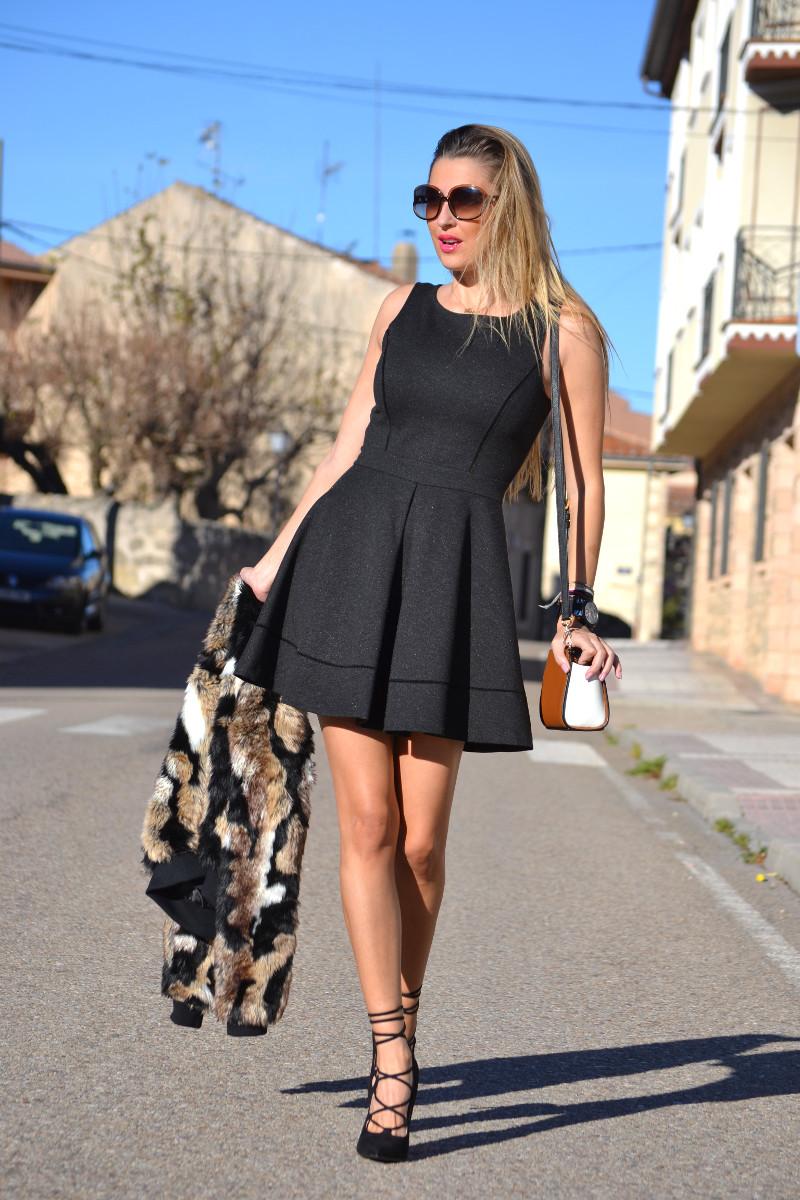 Oxygene_Dress_Fur_Coat_Just_Cavalli_Michael_Kors_Lara_Martin_Gilarranz_Bymyheels (12)