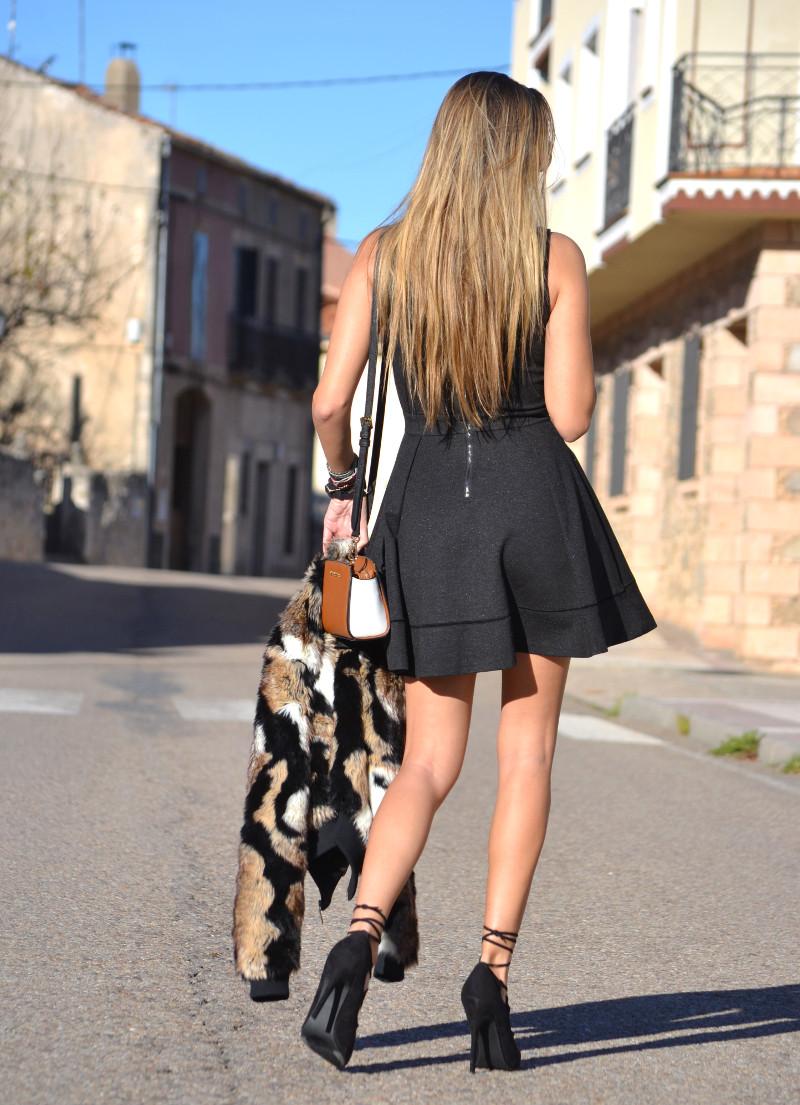 Oxygene_Dress_Fur_Coat_Just_Cavalli_Michael_Kors_Lara_Martin_Gilarranz_Bymyheels (13)