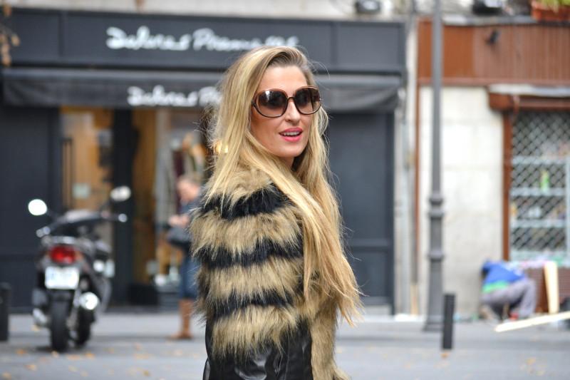 Vintage_Fur_Coat_Jeans_Jumbo_Chanel_Sammydress_Lara_Martin_Gilarranz_Just_Cavalli_Bymyheels (10)