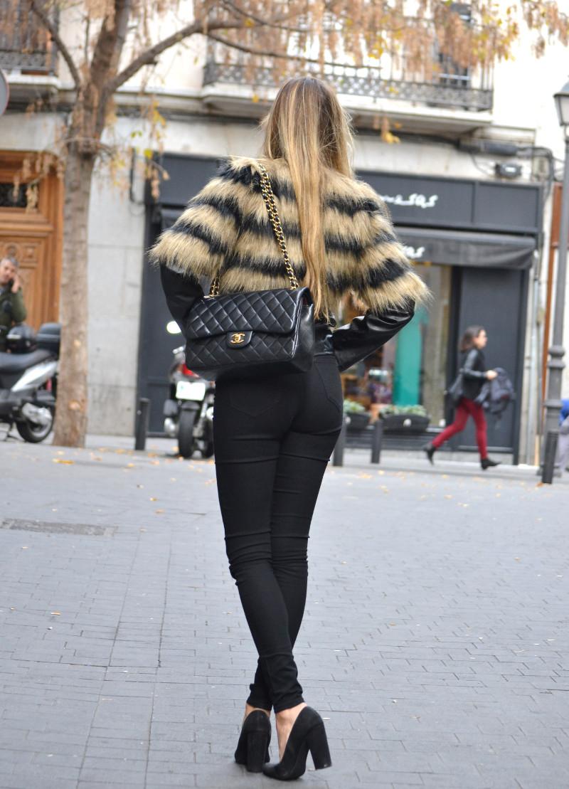 Vintage_Fur_Coat_Jeans_Jumbo_Chanel_Sammydress_Lara_Martin_Gilarranz_Just_Cavalli_Bymyheels (4)