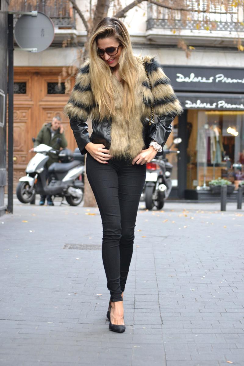 Vintage_Fur_Coat_Jeans_Jumbo_Chanel_Sammydress_Lara_Martin_Gilarranz_Just_Cavalli_Bymyheels (6)
