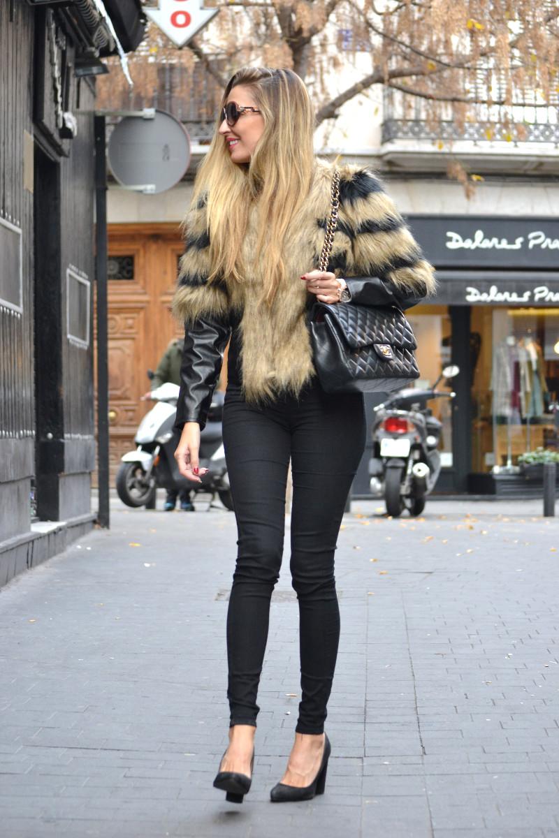 Vintage_Fur_Coat_Jeans_Jumbo_Chanel_Sammydress_Lara_Martin_Gilarranz_Just_Cavalli_Bymyheels (7)