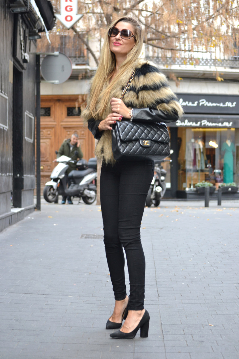 Vintage_Fur_Coat_Jeans_Jumbo_Chanel_Sammydress_Lara_Martin_Gilarranz_Just_Cavalli_Bymyheels (8)