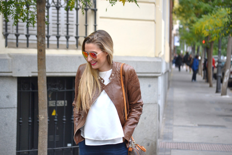 Biker_Jacket_Salsa_Leather_Ripped_Jeans_Lara_Martin_Gilarranz_Oxford_Shoes_Bymyheels (3)