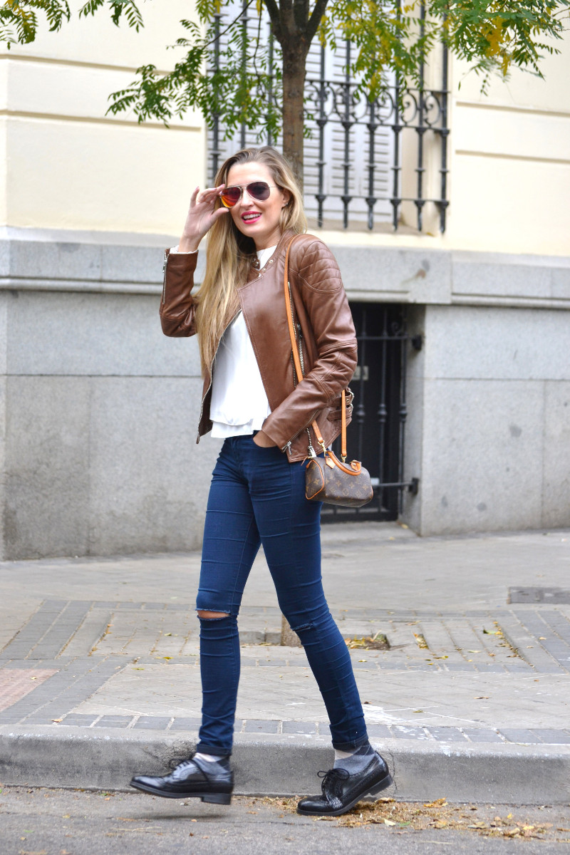 Biker_Jacket_Salsa_Leather_Ripped_Jeans_Lara_Martin_Gilarranz_Oxford_Shoes_Bymyheels (6)