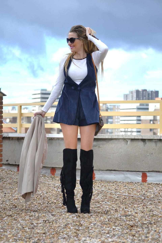 Dungaree_Blue_Roof_Top_Armand_Basi_Louis_Vuitton_Over_The_Knee_Boots_Lara_Martin_Gilarranz_Blazer_Bymyheels (10)
