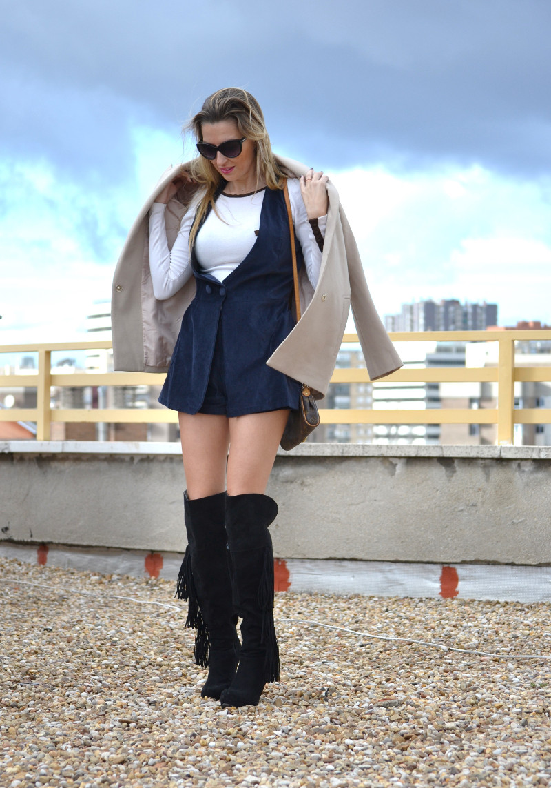 Dungaree_Blue_Roof_Top_Armand_Basi_Louis_Vuitton_Over_The_Knee_Boots_Lara_Martin_Gilarranz_Blazer_Bymyheels (11)