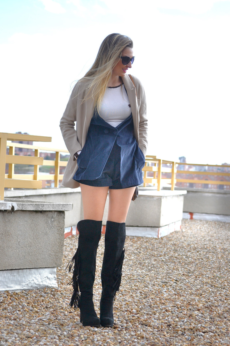 Dungaree_Blue_Roof_Top_Armand_Basi_Louis_Vuitton_Over_The_Knee_Boots_Lara_Martin_Gilarranz_Blazer_Bymyheels (2)