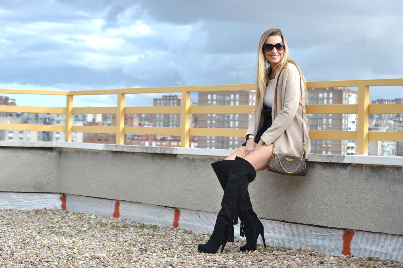 Dungaree_Blue_Roof_Top_Armand_Basi_Louis_Vuitton_Over_The_Knee_Boots_Lara_Martin_Gilarranz_Blazer_Bymyheels (8)