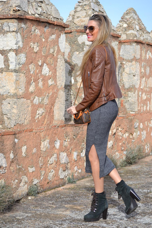 Leather_Jacket_Salsa_Venca_Dress_alpe_Booties_Louis_Vuitton_Lara_Martin_Gilarranz_Bymyheels (9)