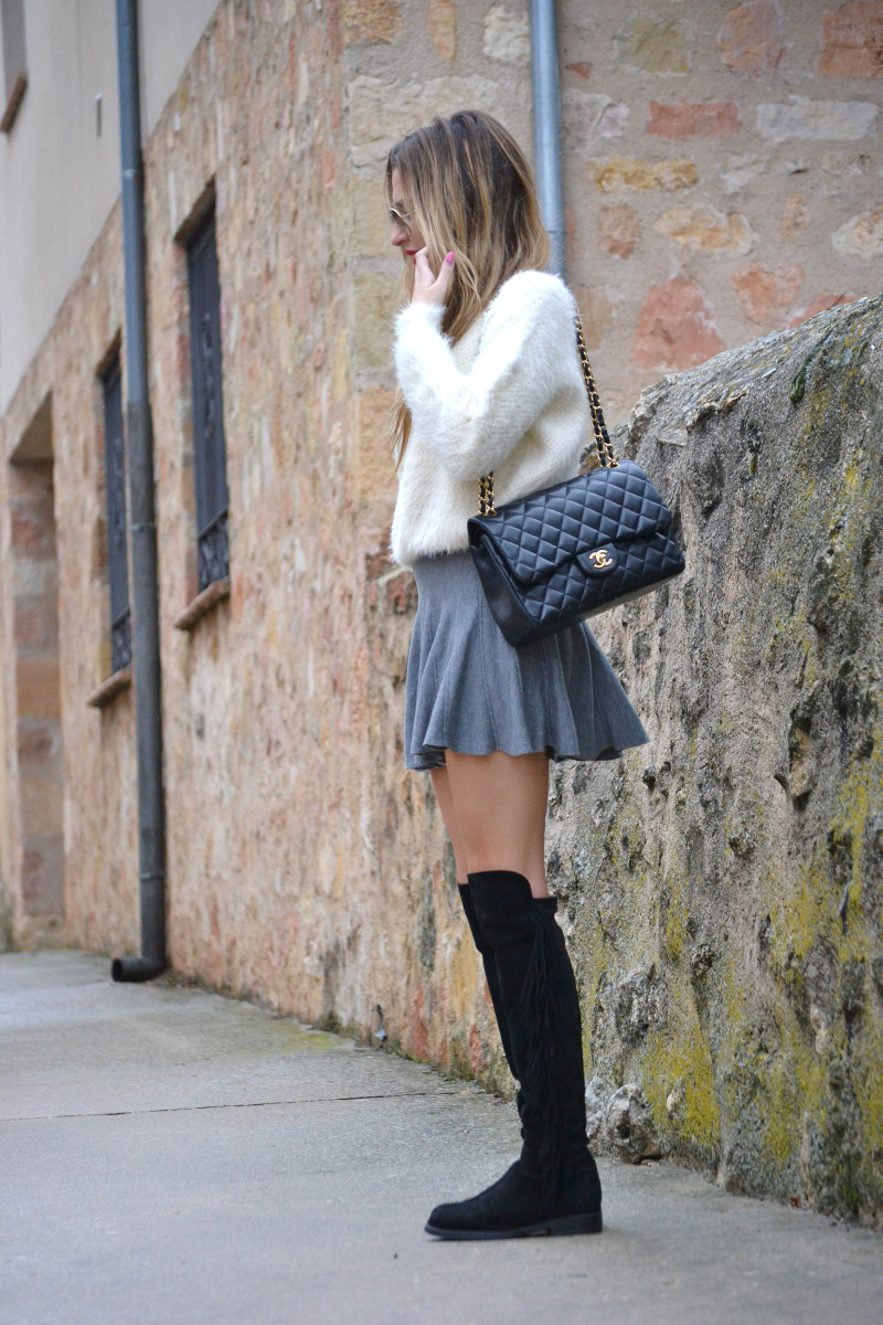 Over_The_Knee_Boots_Lara_Martin_Gilarranz_Bymyheels_Skirt_Ray_Ban_Jumbo_Chanel_Pilar_Burgos (14)