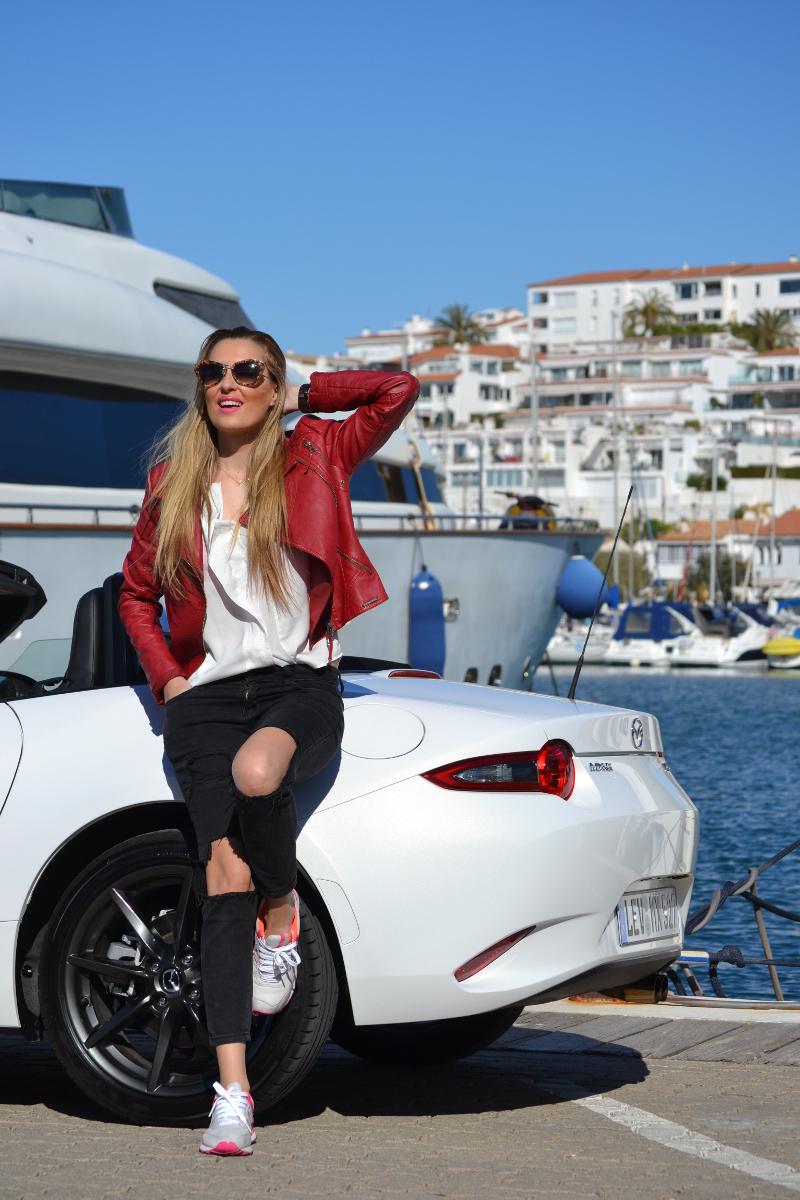 Mazda_MX5_Mazda_Sounds_Lara_Martin_Gilarranz_Bymyheels_Sitges_Tomorrowland (5)