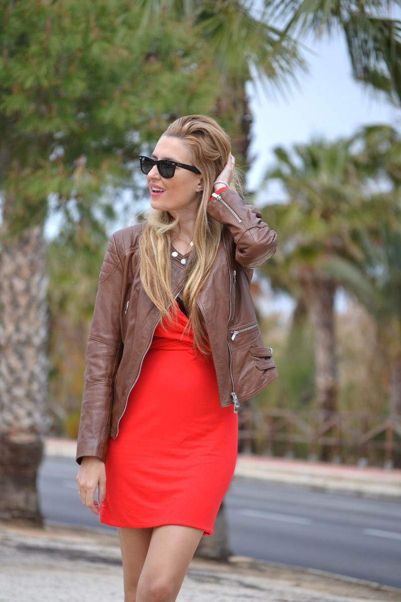 Red_Dress_Lovers_Friends_Lara_Martin_Gilarranz_Leather_Salsa_Bymyheels (4)