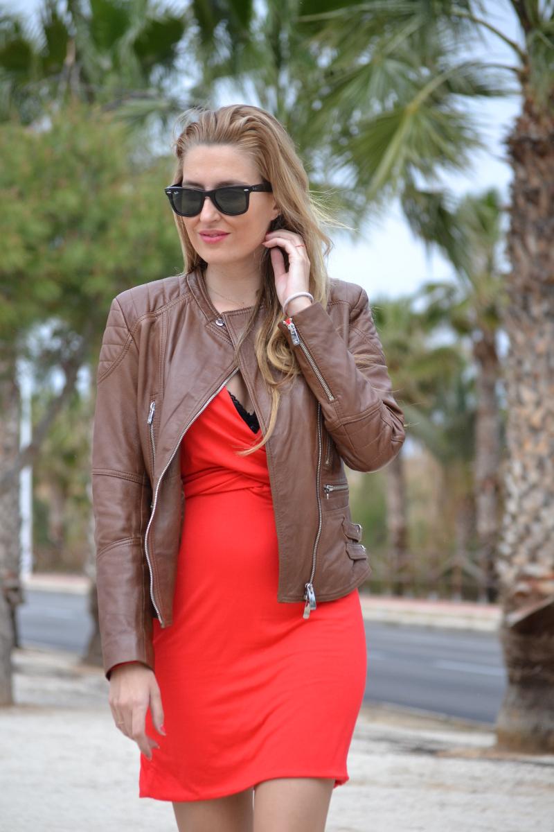 Red_Dress_Lovers_Friends_Lara_Martin_Gilarranz_Leather_Salsa_Bymyheels (9)