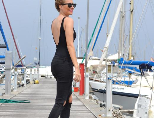 Total_Black_White_Shoes_Ray_Ban_Wayfarer_Port_Lara_Martin_Gilarranz_Bymyheels (5)
