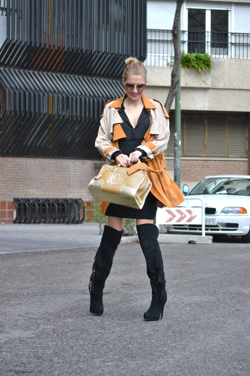 Trench_ Bicolor_Over_The_Knee_Loewe_Amazna_LBD_Lara_Martin_Gilarranz_Bymyheels (10)