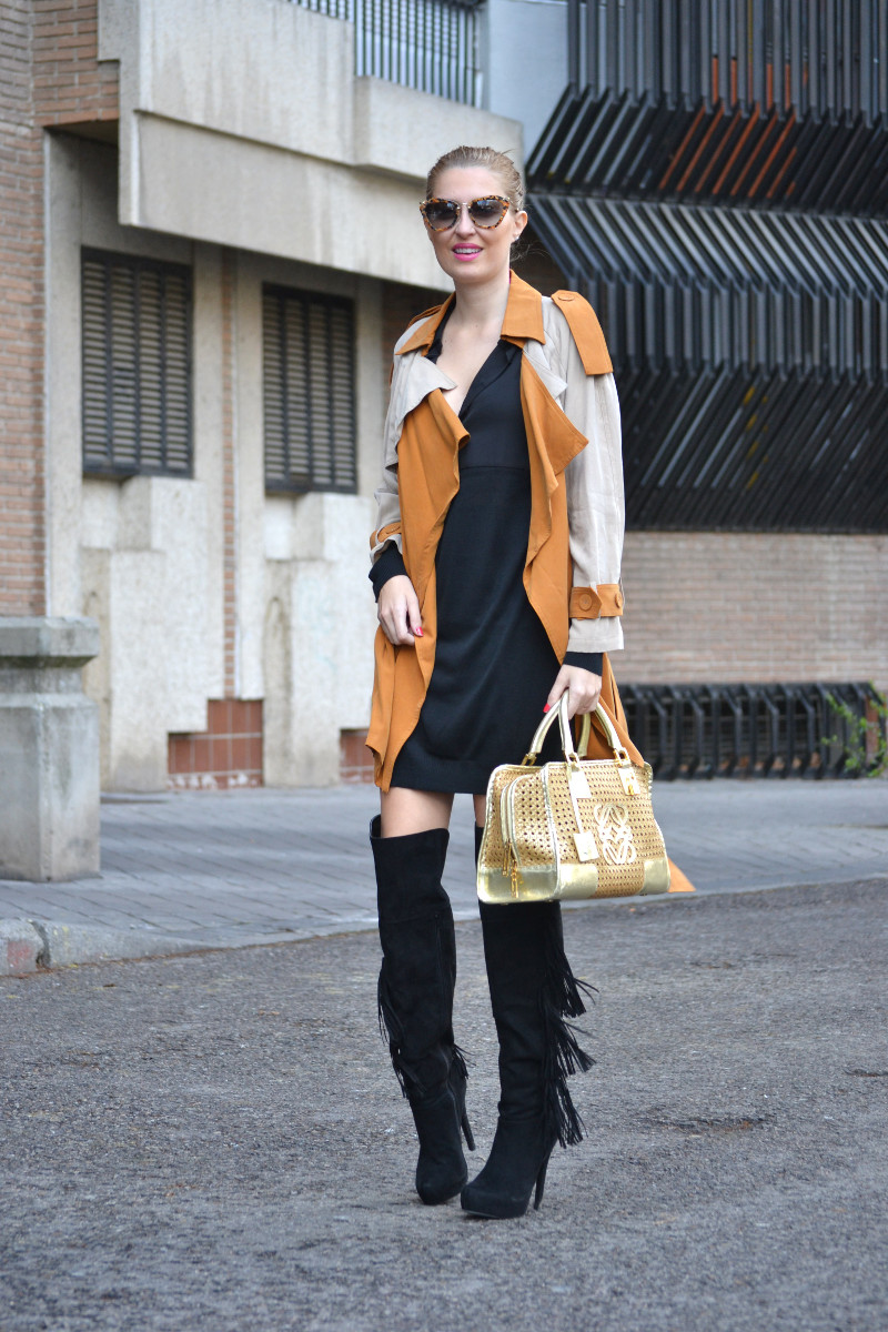 Trench_ Bicolor_Over_The_Knee_Loewe_Amazna_LBD_Lara_Martin_Gilarranz_Bymyheels (3)