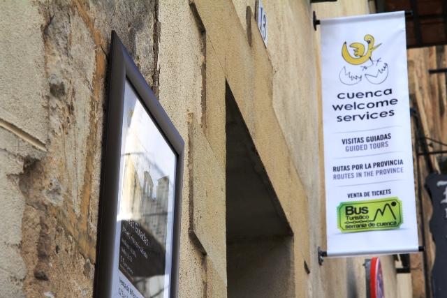 cuwel_congresos_turismo-cuenca_azafatas_blog1