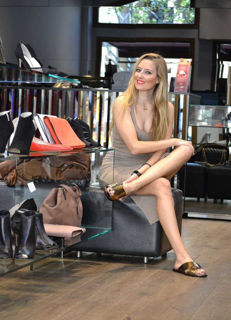 Bymyheels_Lara_Martin_Gilarranz_Las_Rozas_Village_Chic_Outlet_Shopping_Sneakers_The_Secret_Of_shoes (8)