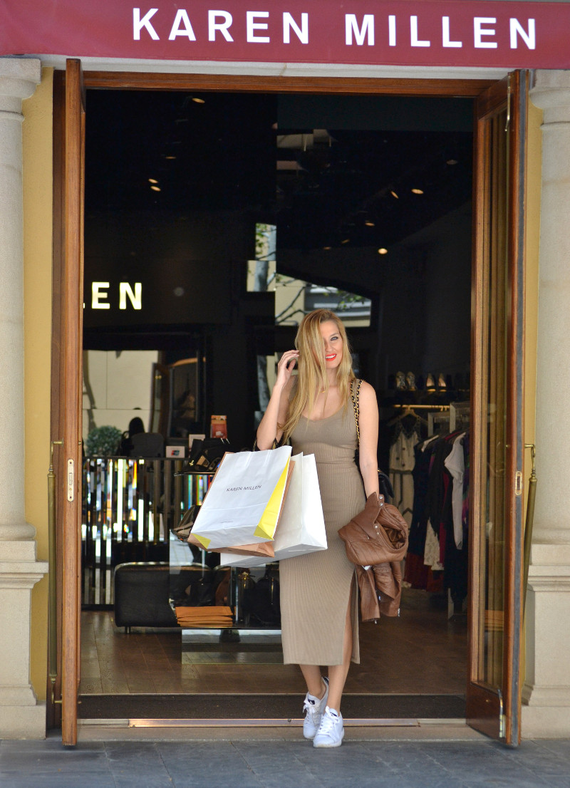 Bymyheels_Lara_Martin_Gilarranz_Las_Rozas_Village_Chic_Outlet_Shopping_Sneakers_The_Secret_Of_shoes (9)
