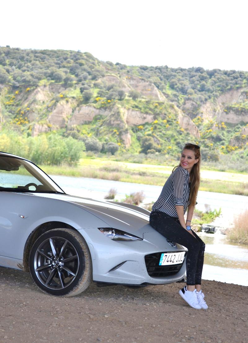 MX5_Mazda_Circuito_Albacete_Outfit_Derrape_Curso_Conduccion_Lara_Martin_Gilarranz_Bymyheels (1)