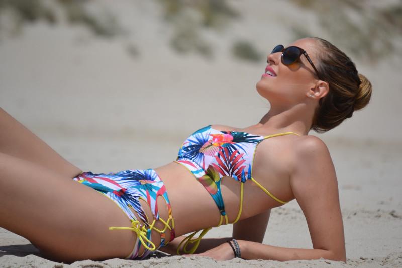 Bikini_Pin_Up_Tadoro_Tuduri_Lara_Martin_Gilarranz_Bymyheels (4)