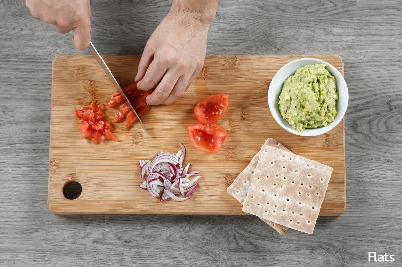 Flat bacon, tomate y guacamole 2