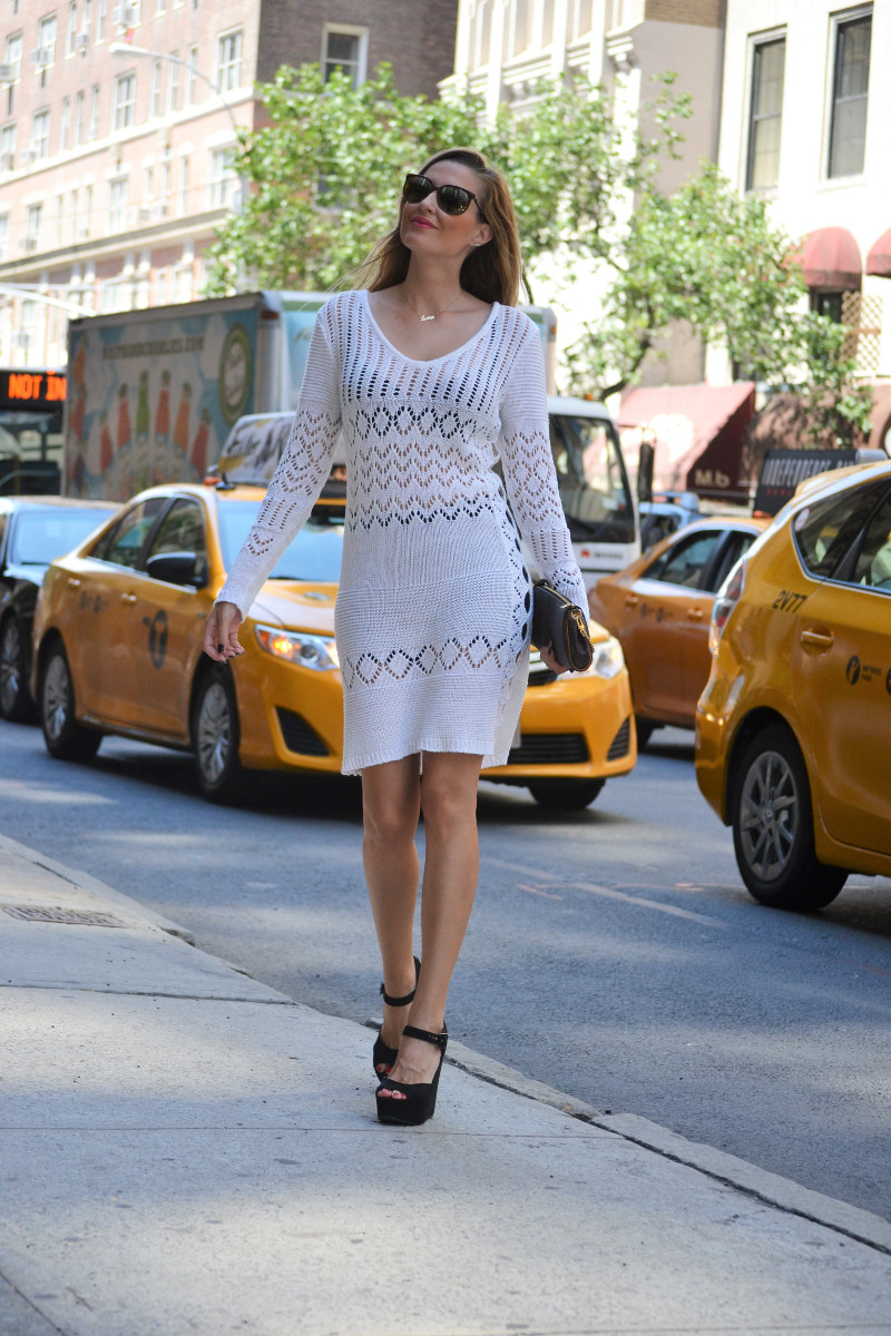 White_Crochet_Dress_Platforms_Nakd_Nueva_York_NYC_Pochette_Eva_Louis_Vuitton_Vuarnet_Lara_Martin_Gilarranz_Bymyheels (12)