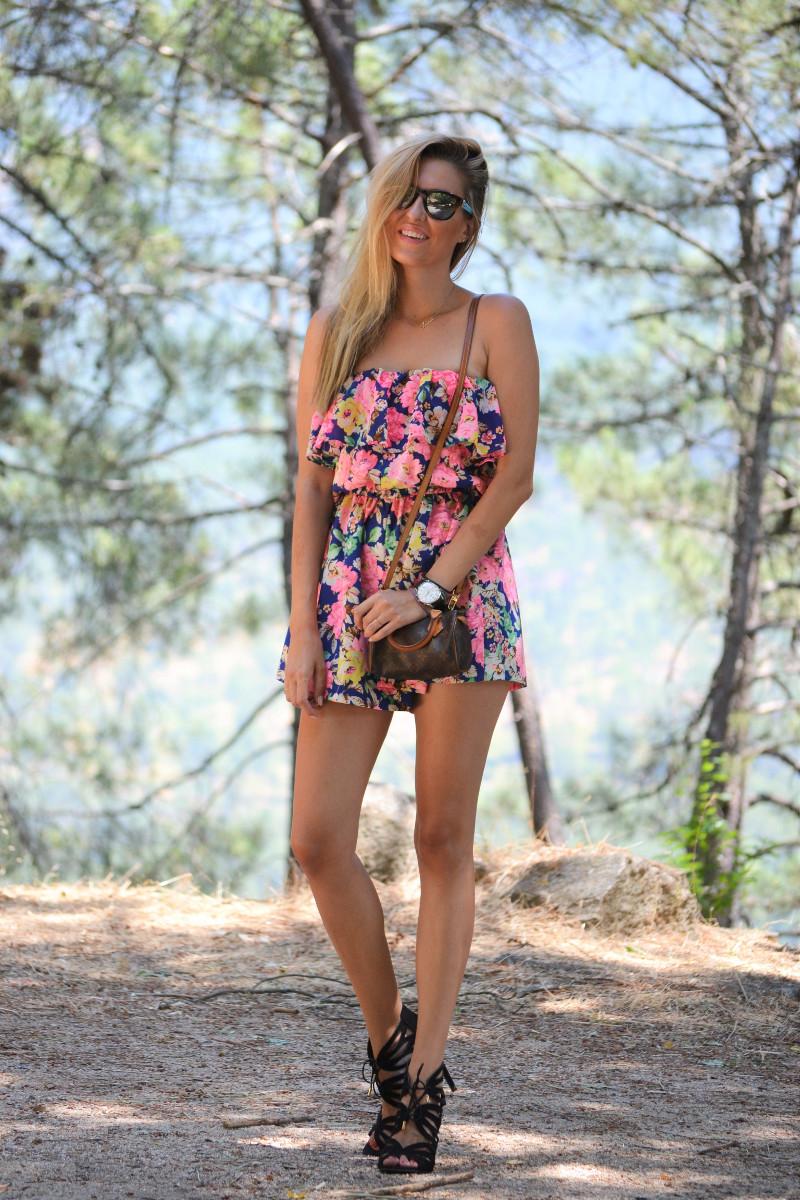 Flowers_Jumpsuit_Mini_Speedy_Louis_Vuitton_Lara_Martin_Gilarranz_Bymyheels (22)