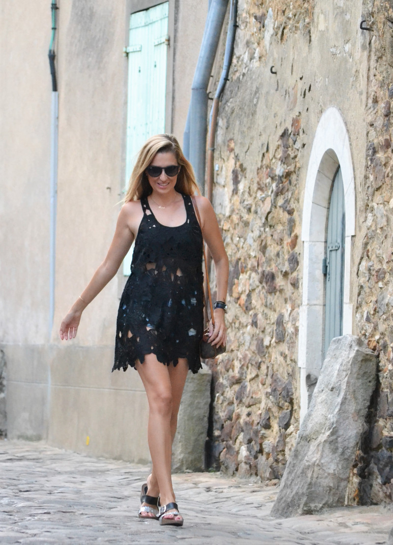 Le_Mans_Black_Dress_Sandals_Louis_Vuitton_Mini_Speedy_Lara_Martin_Gilarranz_Bymyheels (9)