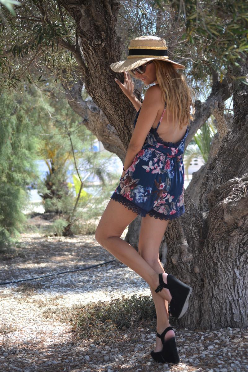 Flowers_Jumpsuit_Platforms_Cavalli_Lara_Martin_Gilarranz_Bymyheels (13)